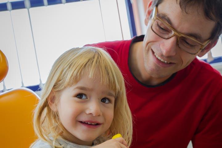 Zahnarzt Dr. Jendrek vertrauen auch die Jüngsten in Jena / Winzerla.