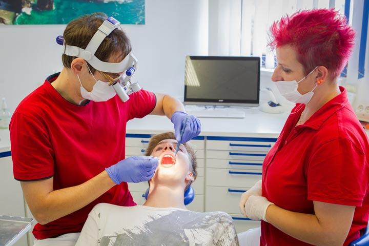 Zahnbehandlung von A bis Z in der Zahnarztpraxis Jendrek in Jena.