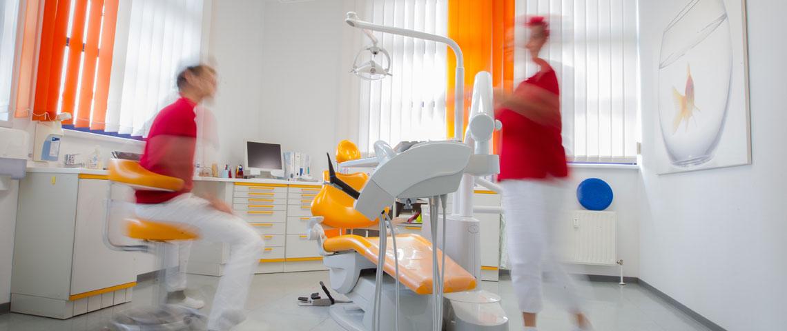 Immer am Zahn der Zeit - die Zahnarztpraxis Jendrek in Jena.